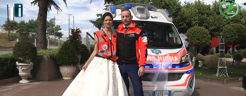 Matrimonio con l'ambulanza, non si fermano le polemiche