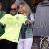 "Ci vuole Costanza – L'intervista in esclusiva ad Anna Falchi: ""Tiferò per i lupi"""