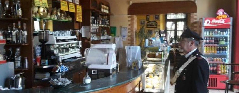 Sorvegliato speciale pescato al bar dai Carabinieri: denunciato