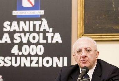 """Pubblica Amministrazione, l'annuncio di De Luca: """"10 mila assunzioni a tempo indeterminato in Campania"""""""
