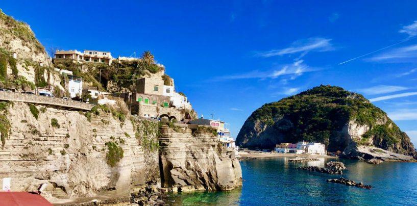 Vacanze da vip, tra le mete più care c'è anche Ischia