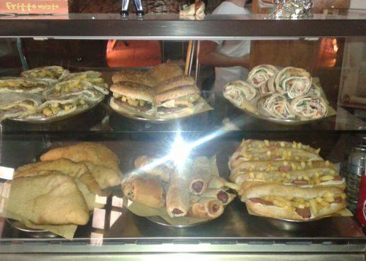Pizza e cibo take-away, è boom in Irpinia. Crescono le attività straniere