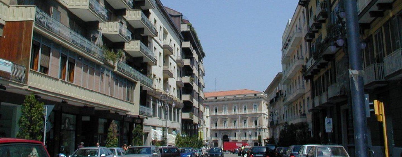 Panico a Via Matteotti in centro città: uomo brutalmente aggredito e ricoverato al Pronto Soccorso