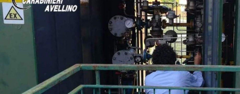 Fuga di gas a Paternopoli, i carabinieri mettono in sicurezza la zona