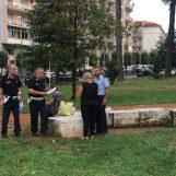 Controlli in piazza Kennedy: fermate due straniere senza permesso