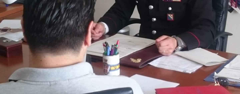 Truffa un giovane di Castelfranci: denunciato dai carabinieri