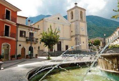 Montella, cittadinanza onoraria al pittore e scultore Antonio Manzi