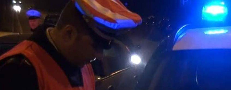 Rifiuta test alcolemico dopo essersi capovolto con l'auto: denunciato 35enne