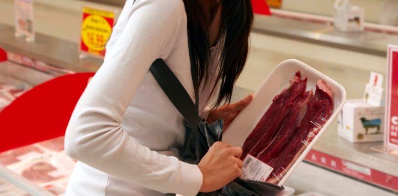 """Rubano nel supermercato dove lavorano: nei guai dipendenti """"infedeli"""""""
