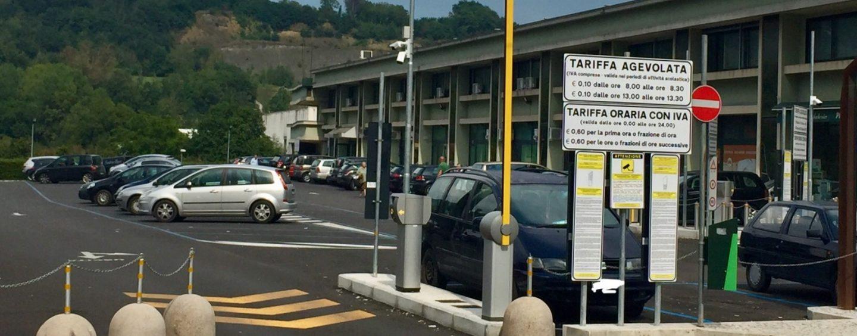 Atripalda, parcheggio Asl a pagamento: sindaco sotto accusa