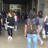 Caos abbonamenti Air, tutti in fila a piazza Kennedy: esplode la protesta