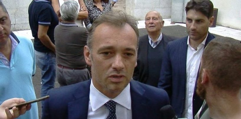 Dal Congresso Pd alle vertenze locali, Matteo Richetti ad Ariano incontra i cittadini