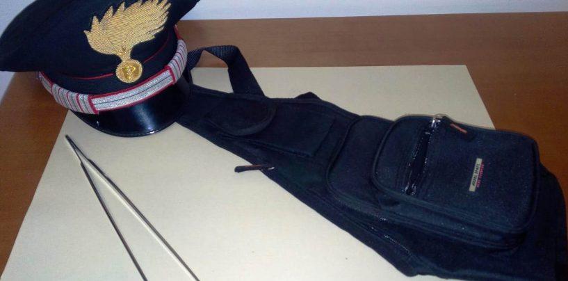 Rubava portafogli al mercato: arrestato 27enne