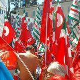 Ripartiamo dal Sud per unire il Paese: i sindacati irpini manifestano a Reggio Calabria