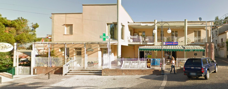"""Taglio del nastro per la farmacia """"Santa Rita"""" di Grottolella"""