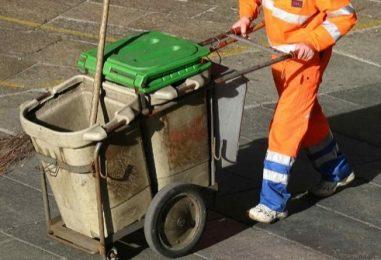 VIDEO/ Prata, comune in deficit: consiglieri e sindaco costretti a fare i netturbini