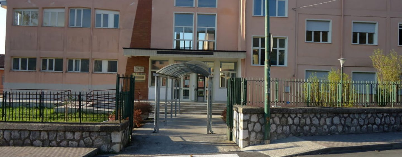 Pratola Serra mantiene la dirigenza scolastica e accorpa anche Prata e Santa Paolina