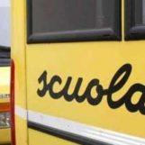 Pratola Serra, studenti in piedi sullo scuolabus: intervengono i carabinieri