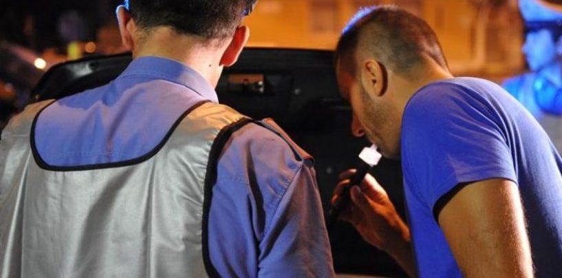 Prima sbanda con l'auto, poi rifiuta l'alcool test: denuncia e ritiro della patente per un giovane di Fontanarosa