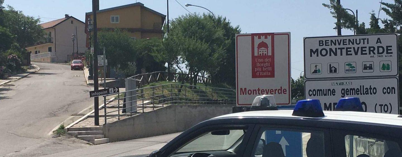 Follia in un bar a Monteverde: romena ubriaca ferisce perfino i Carabinieri