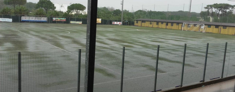 Diluvia su Ostiamare-Avellino: partita a rischio rinvio