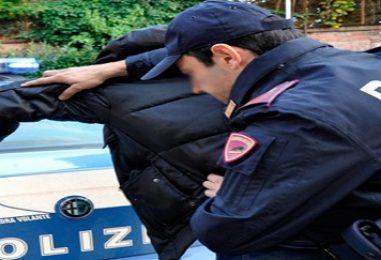 Operazione anti-camorra a Napoli: 33 arresti