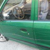 Ex lavoratore parcheggia auto davanti l'Ipercoop e la ritrova danneggiata