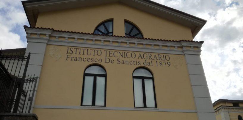 """Siglata convenzione tra Campus Academy e l'Istituto Superiore """"De Sanctis – D'Agostino"""" di Avellino"""