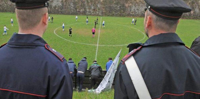 Scontri in campo, arrivano i Carabinieri. Partita sospesa a San Martino Valle Caudina