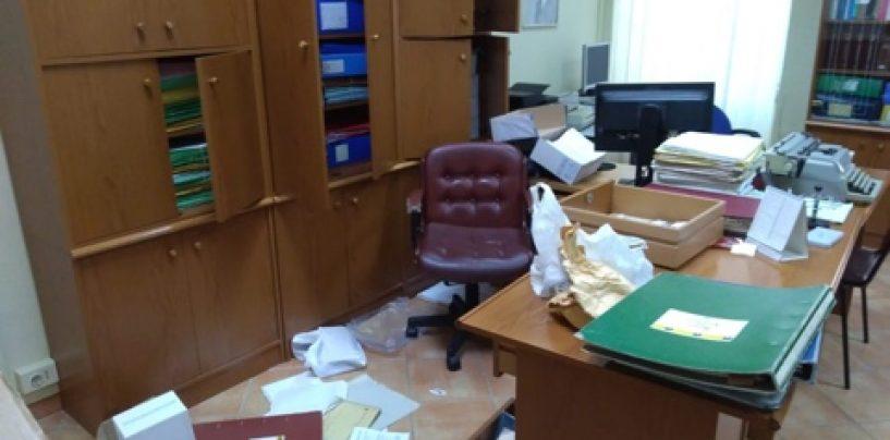 Furto con scasso al Comune di Pratola Serra. La rabbia del sindaco Aufiero
