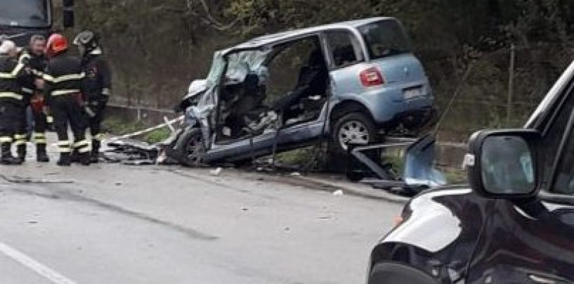 Drammatico incidente stradale: donna di 37 anni muore dopo aver perso il bimbo in grembo
