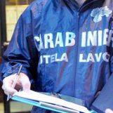 Lavoro nero in un'azienda agricola, arrivano i Carabinieri
