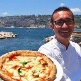 Sorbillo riapre i battenti, pizza gratis per tutti