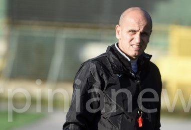 """Avellino, Bucaro: """"Avanti col 4-4-2 ma il campo mi preoccupa"""""""