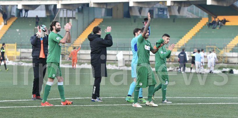 Calcio Avellino, vincere per sperare ancora