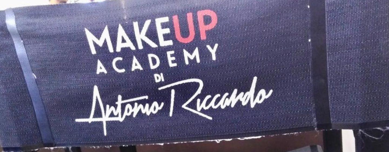 """Academy Make Up di Antonio Riccardo: """"Vi insegno la tecnica del Microblading"""""""
