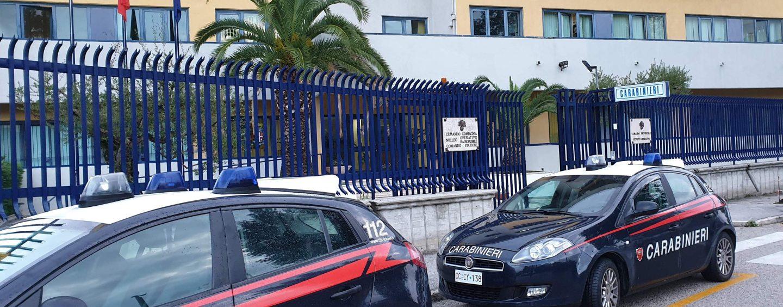 Inseguimento e arresto: 48enne trovata con un etto di hashish