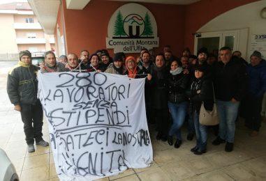 Niente stipendi per i lavoratori della Montana dell'Ufita: continua il presidio