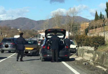 Spavento a Manocalzati: impatto tra due auto