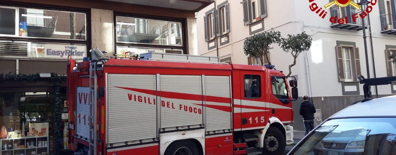 Avellino, fuga di gas in un appartamento in via Roma: intervento dei Vigili del Fuoco