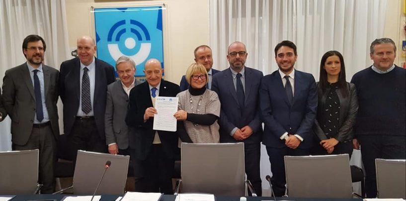 Infanzia, D'Amelio firma intesa tra Conferenza dei Consigli e Unicef