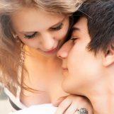 Un adolescente su 3 a 17 anni ha già avuto rapporti sessuali. Ma la scuola è assente