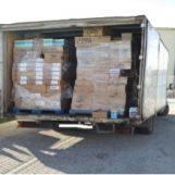 Bloccato sull'A16 furgone con merce contraffatta