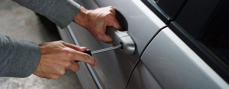 Auto, furti in aumento in Campania: citycar e suv nel mirino dei ladri