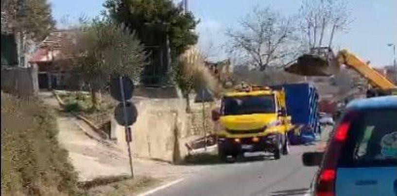 """Muretto SS 90, il comune di Grottaminarda: """"Nessuna responsabilità sui ritardi"""""""
