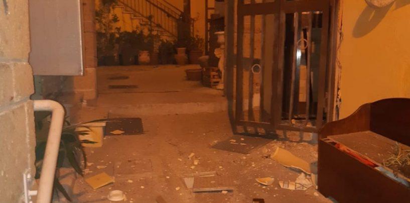 Monteforte, esplode bomba carta nella notte: si indaga