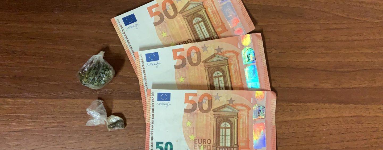 Spendeva soldi falsi in un bar del centro: carabinieri arrestano 34enne a Grottaminarda