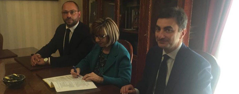 Controllo di vicinato ad Ariano, firmato il protocollo in Prefettura