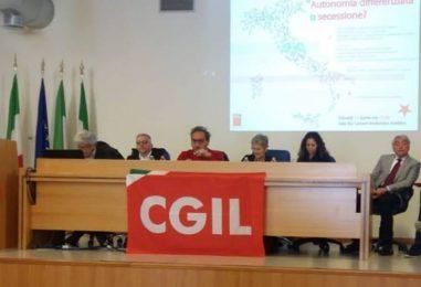 """Autonomia regionale, Dettori frena De Luca: """"Non alimenti lo scontro tra Nord e Sud"""""""