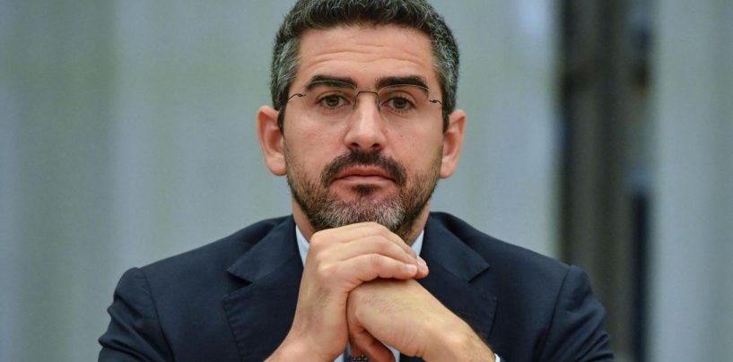 """Vitalizi, Fraccaro: """"C'è intesa con le Regioni"""". Tagli per 150 milioni in 5 anni"""
